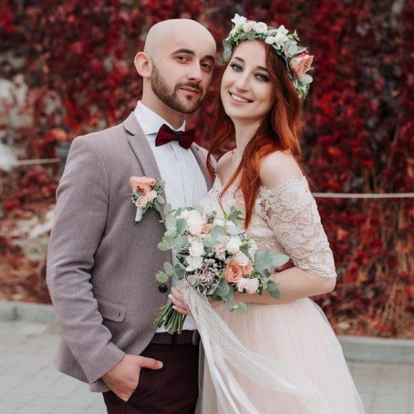 bouquet-bride-bride-and-groom-1875423 (1)